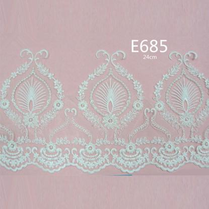 FASHION LACE
